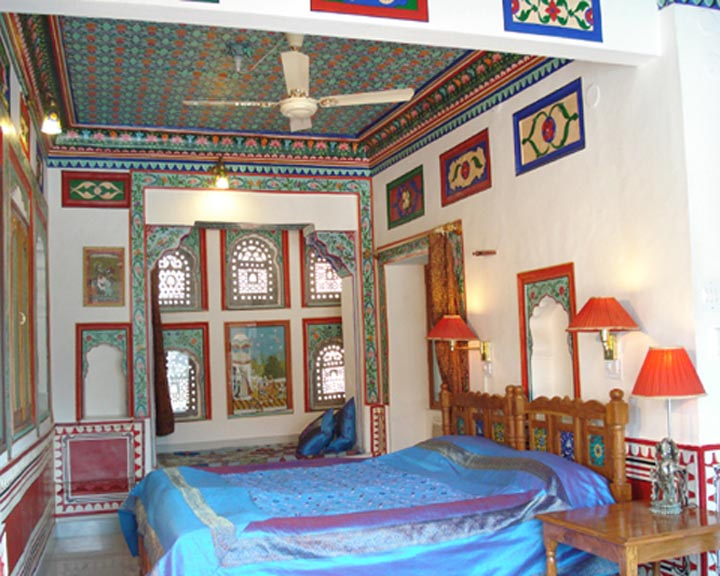Traditional Decorated Room- City View